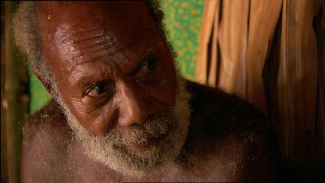 L'un des tout derniers locuteurs du lovono était Rubenson Lono (1933–†2020), conteur érudit. (photo AF, 2005)