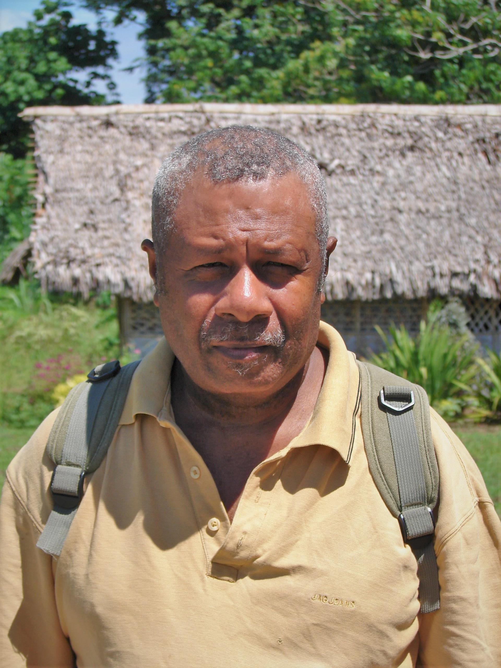 René Wolman, le dernier locuteur du volow. (île Motalava, Vanuatu, janvier 2006). Photo A. François